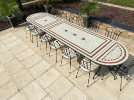 Table jardin mosaïque en fer forgé Table jardin mosaique ovale 400cm (table rectangle plus table carrée plus consoles) Céramique Blanche 2 lignes 3 étoiles Argile