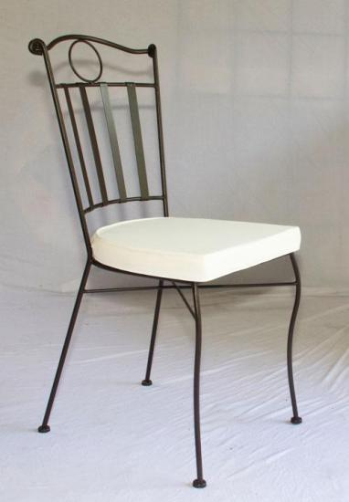chaise confort en fer forg plein table jardin mosa que. Black Bedroom Furniture Sets. Home Design Ideas