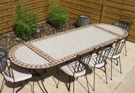 Table jardin mosaïque en fer forgé Table jardin mosaique ovale 260cm (table rectangle plus consoles) Céramique Blanche et ses losanges en Argile cuite