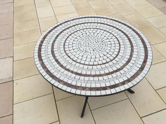 Table Jardin Mosaique Ronde 170cm Blanc 3 Cercles Argile
