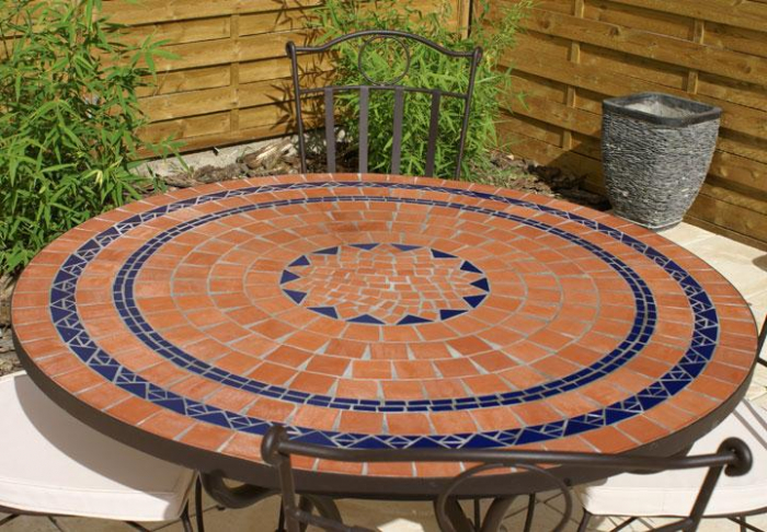 table jardin mosaique ronde 110cm terre cuite 3 cercles bleue table jardin mosa que. Black Bedroom Furniture Sets. Home Design Ideas