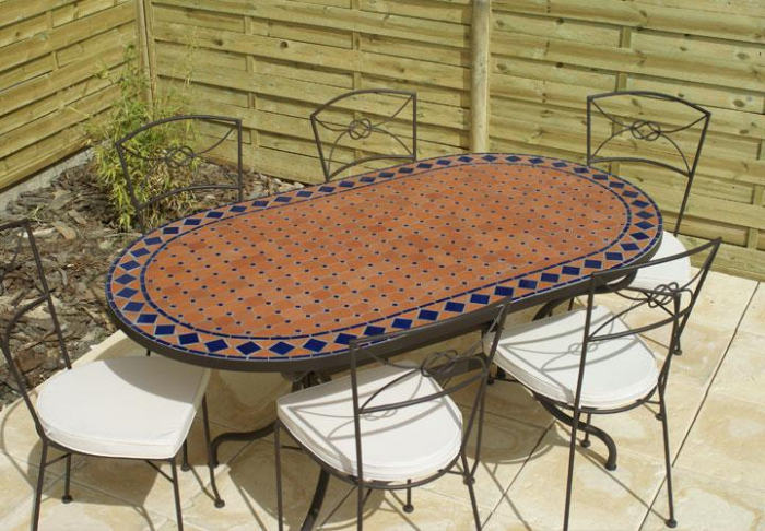table jardin mosaique ovale 160cm terre cuite et ses losanges bleu table jardin mosa que. Black Bedroom Furniture Sets. Home Design Ideas