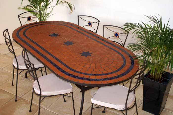 table jardin mosaique ovale 200cm terre cuite 2 cercles et 3 toiles c ramique bleue table. Black Bedroom Furniture Sets. Home Design Ideas