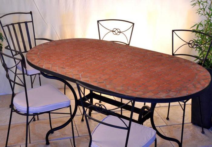 Table jardin mosaique ovale 200cm Terre cuite et losanges Argile cuite