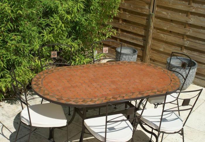 Table jardin mosaique ovale 180cm terre cuite et losanges - Table de jardin en fer forge mosaique montreuil ...