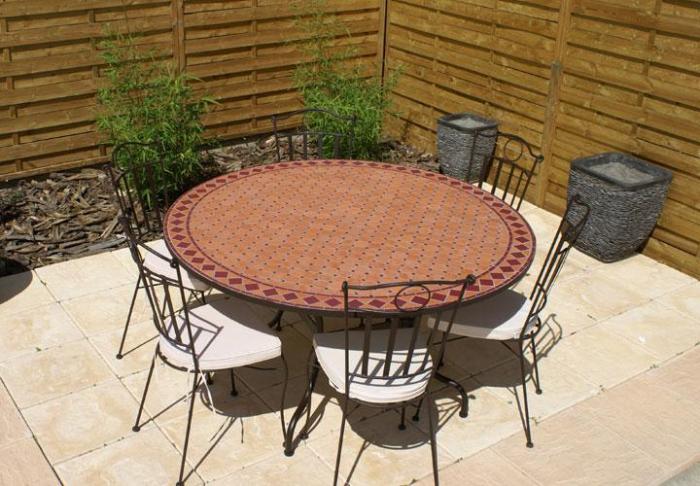 Table jardin mosaique ronde 130cm Terre cuite et losanges Céramique Rouge