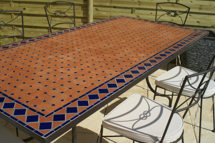 Table jardin mosaique rectangle 200cm Terre cuite et losanges en Céramique  Bleue