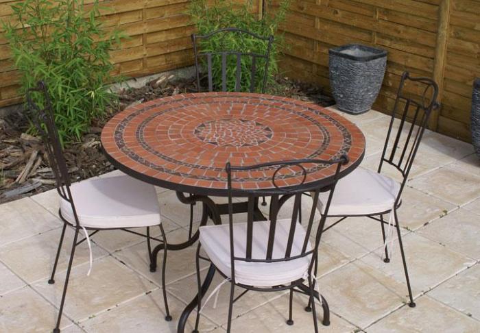 Table jardin mosaique ronde 110cm Terre cuite 3 lignes Argile cuite