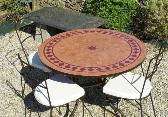 Table jardin mosaique ronde 130cm Terre cuite et losanges 1 étoile ...