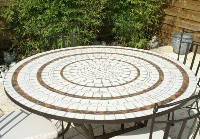 Table jardin mosaique ronde 150cm blanc 3 cercles argile cuite table jardin mosa que for Achat table de jardin mosaique
