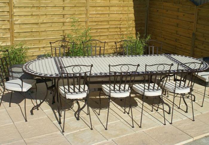 Table Jardin Mosaique Rectangle 200cm C Ramique Blanche Et Ses Losanges En C Ramique Bleue
